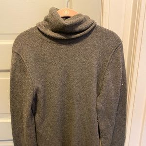 Gap-Gray Turtleneck Sweater